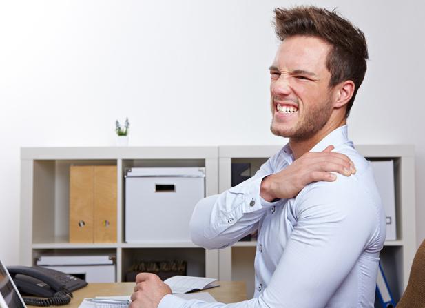 تزریق در شانه برای کنترل درد